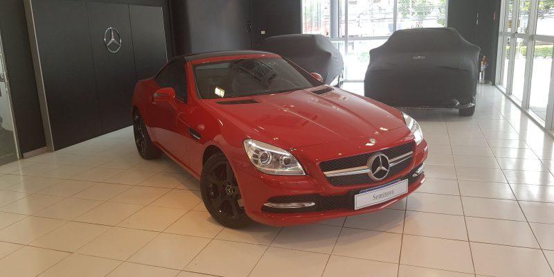 Mercedes-Benz SLK 250 vermelha 2012/2012