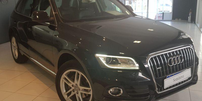 Audi Q5 Ambiente Preto 2014/2014